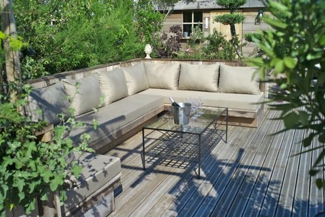 terrasse jardin cot jardin en provence p pini re. Black Bedroom Furniture Sets. Home Design Ideas